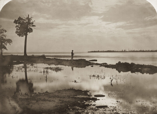 Water's Edge「Ottawa River Fishing」:写真・画像(6)[壁紙.com]