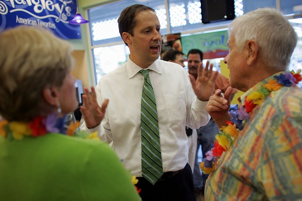 Joe Mahoney「Negron Campaigns For Foley House Seat」:写真・画像(3)[壁紙.com]