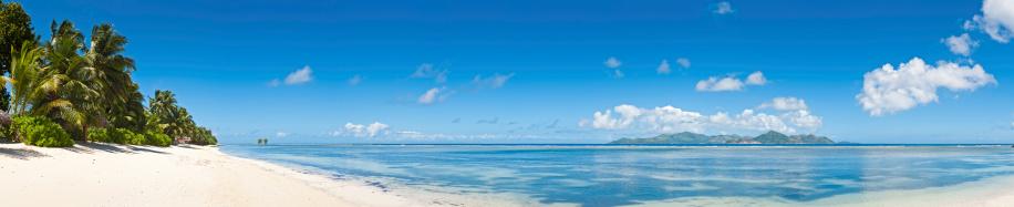 Desert Island「Idyllic vacation beach white sands tropical island blue lagoon」:スマホ壁紙(12)