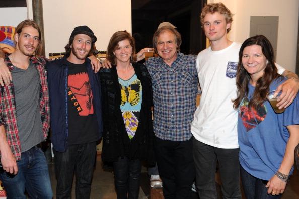 スノーボード「Burton Snowboards Apres In May Showroom Event」:写真・画像(6)[壁紙.com]