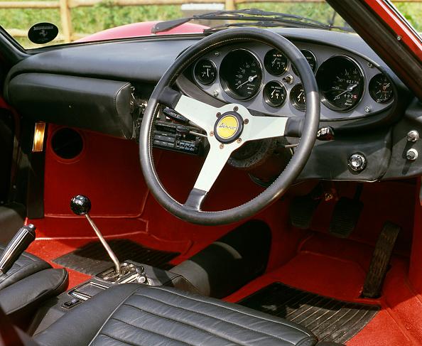 Ferrari「1973 FerrariDino 246 GTS」:写真・画像(11)[壁紙.com]