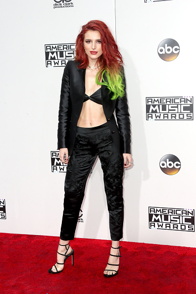Green Hair「2016 American Music Awards - Arrivals」:写真・画像(6)[壁紙.com]