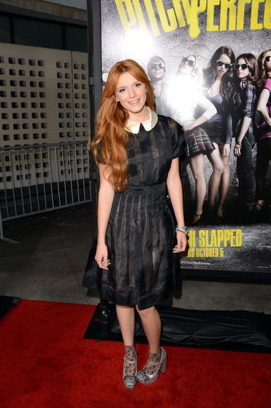 """Peter Pan collar「Premiere Of Universal Pictures And Gold Circle Films' """"Pitch Perfect"""" - Arrivals」:写真・画像(12)[壁紙.com]"""