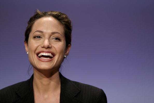 笑顔「UN Launches 'World Refugee Day'」:写真・画像(13)[壁紙.com]