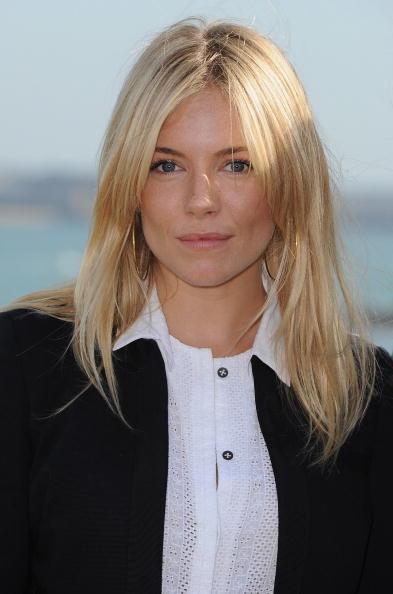 Sienna Miller「Jury Photocall Of The 21st Dinard British Film Festival」:写真・画像(3)[壁紙.com]