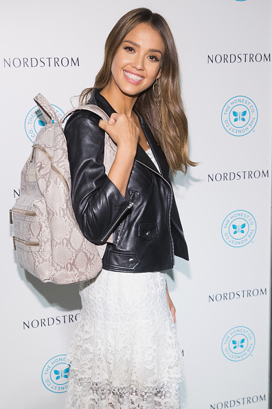 Backpack「Jessica Alba Visits Nordstrom Downtown Seattle To Promote The Honest Company」:写真・画像(10)[壁紙.com]