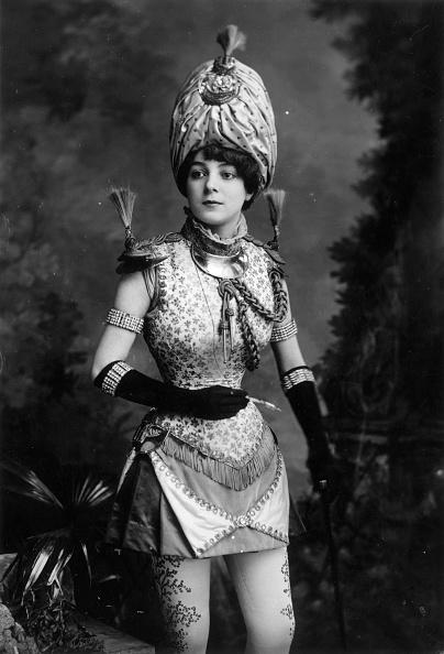 Vaudeville「In Uniform」:写真・画像(8)[壁紙.com]