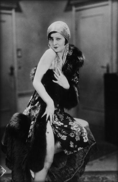 Fur Trim「Portrait Of Lilian Harvey」:写真・画像(15)[壁紙.com]