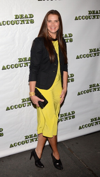 """Yellow Dress「""""Dead Accounts"""" Broadway Opening Night - Arrivals And Curtain」:写真・画像(18)[壁紙.com]"""