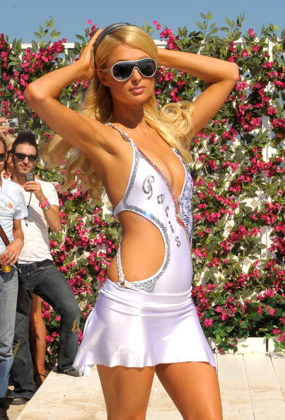 水着「Paris Hilton Introduces 'The Bandit'」:写真・画像(10)[壁紙.com]