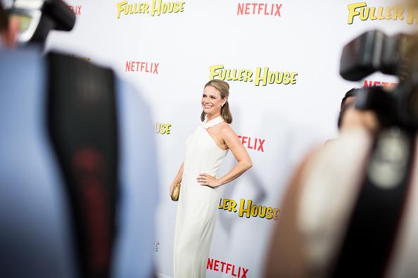 "Grove「An Alternative View Of Netflix's ""Fuller House"" Premiere」:写真・画像(6)[壁紙.com]"