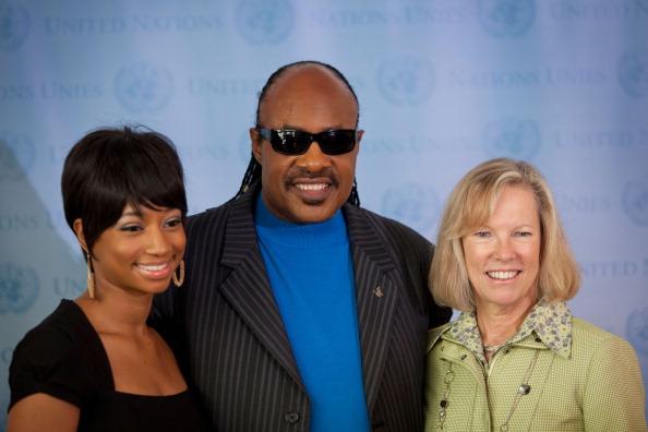 Monique Coleman「Stevie Wonder & Monique Coleman Launch United Nations Foundation Mobile Application」:写真・画像(13)[壁紙.com]
