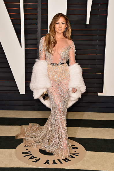 2015「2015 Vanity Fair Oscar Party Hosted By Graydon Carter - Arrivals」:写真・画像(15)[壁紙.com]