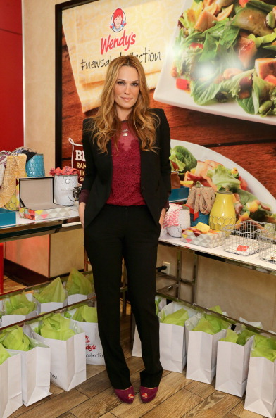 Salad「Wendy's Partners With Style Icon Molly Sims To Launch New Salad Collection」:写真・画像(10)[壁紙.com]