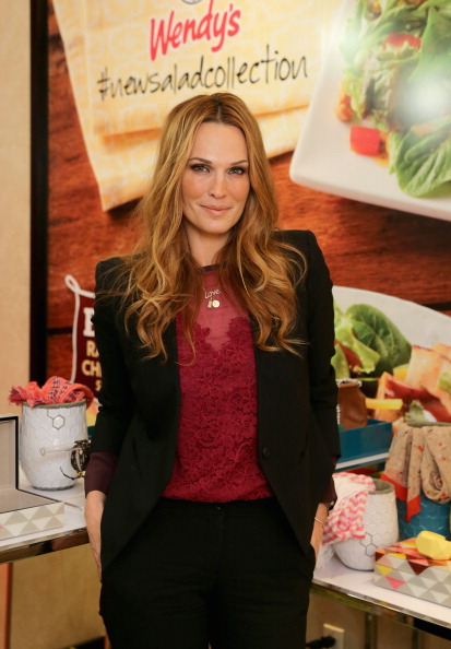 Chicken Salad「Wendy's Partners With Style Icon Molly Sims To Launch New Salad Collection」:写真・画像(19)[壁紙.com]