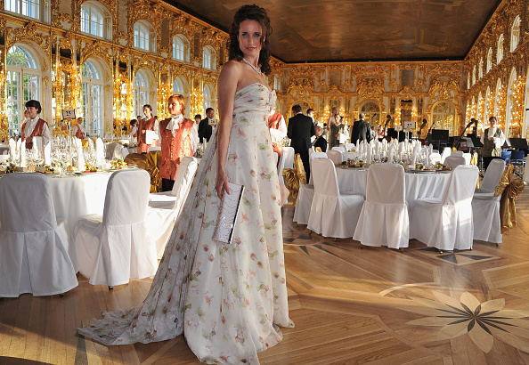 Long Dress「Montblanc New Voices Award 2011 - Montblanc at Mariinsky Ball」:写真・画像(1)[壁紙.com]