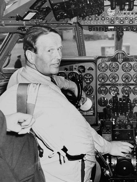Jet Engine「Group Captain John Cunningham」:写真・画像(12)[壁紙.com]