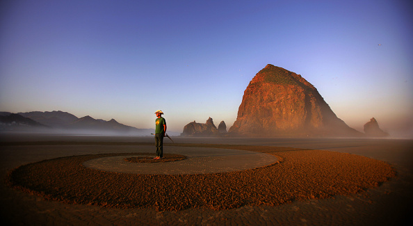 Cannon Beach「Sand Blast」:写真・画像(2)[壁紙.com]