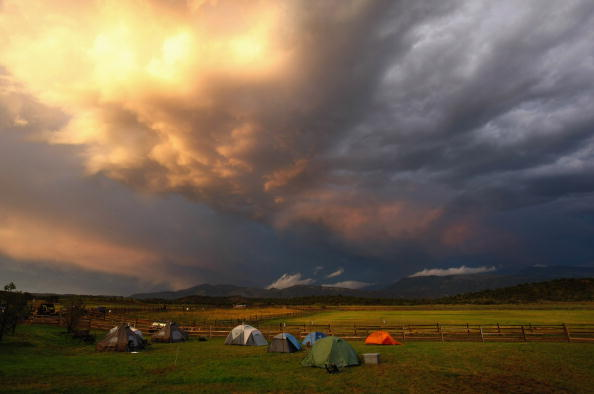 Camping「Severely Wounded Troops Attend Outdoor Summer Retreat In Vail, Colorado」:写真・画像(3)[壁紙.com]