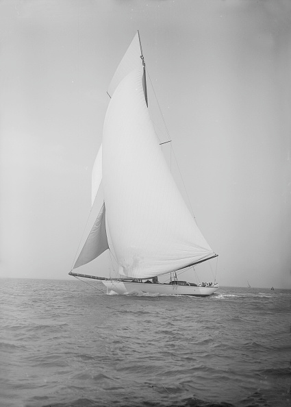 Cutting「The 19-Metre Cutter Norada Sails In A Following Wind」:写真・画像(14)[壁紙.com]