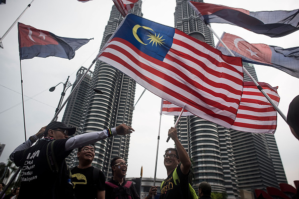 Malaysia「Crowds Gather For Free Anwar Ibrahim March2Freedom rally」:写真・画像(6)[壁紙.com]