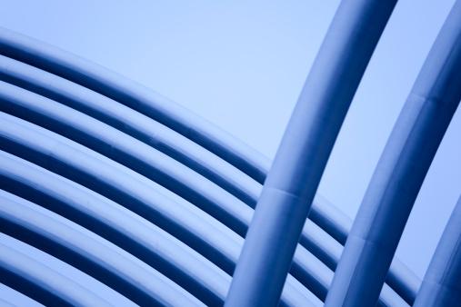 Postmodern「Abstract Metal Pipes and Tubes Sculpture Madrid, Spain」:スマホ壁紙(11)