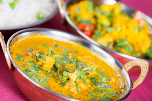 Vegetable Curry「Indian food: butter chicken with basmati rice and aloo gobi」:スマホ壁紙(2)