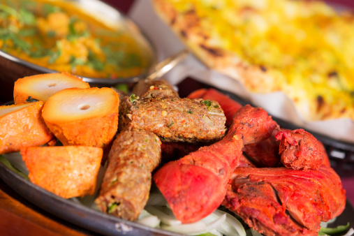Chicken Tandoori「Indian food: tandoori mix grill with aloo gobi and naan」:スマホ壁紙(18)
