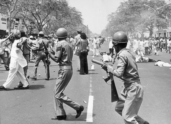 Delhi「Rioting Youth」:写真・画像(0)[壁紙.com]
