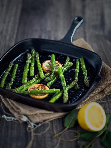 Griddle「grilled asparagus」:スマホ壁紙(19)