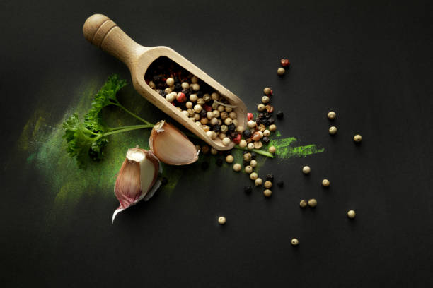 Seasoning: Pepper, Garlic and Parsley Still Life:スマホ壁紙(壁紙.com)