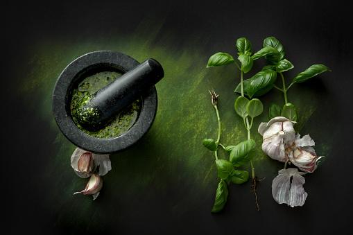 Garlic Clove「Seasoning: Pesto and Ingredients Still Life」:スマホ壁紙(15)