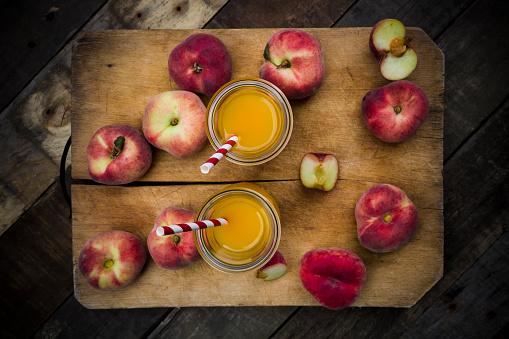 Peach「Peach smoothie and vineyard peaches」:スマホ壁紙(8)