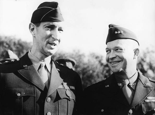 マーク クラーク将軍の写真・画像 検索結果 [1] 画像数25枚
