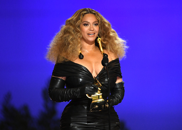 Beyoncé Knowles「63rd Annual GRAMMY Awards – Telecast」:写真・画像(5)[壁紙.com]