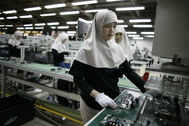 Indonesian Workers Manufacture Samsung Electronics:ニュース(壁紙.com)