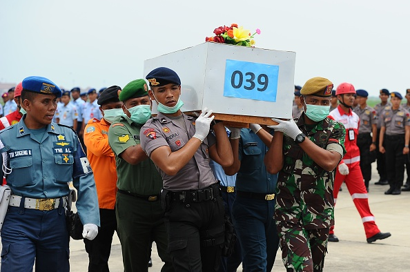 Robertus Pudyanto「Recovery Operation Continues For AirAsia QZ8501 Wreckage」:写真・画像(4)[壁紙.com]