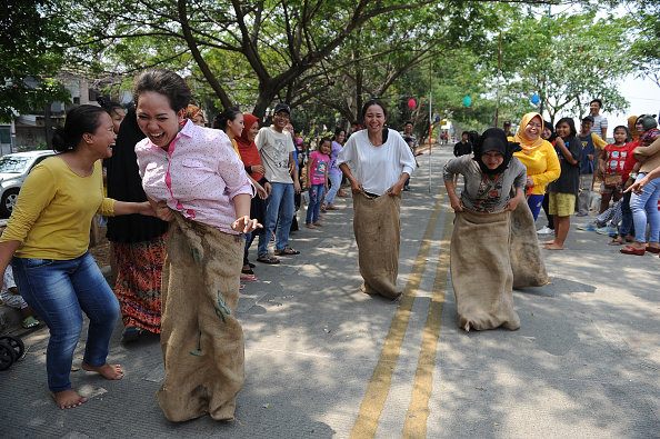 Tradition「Indonesians Celebrate 70th National Independence Day 2015」:写真・画像(19)[壁紙.com]