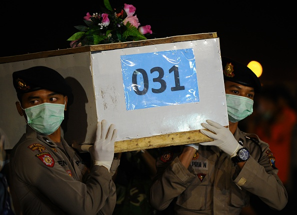 Robertus Pudyanto「Recovery Operation Continues For AirAsia QZ8501 Wreckage」:写真・画像(18)[壁紙.com]