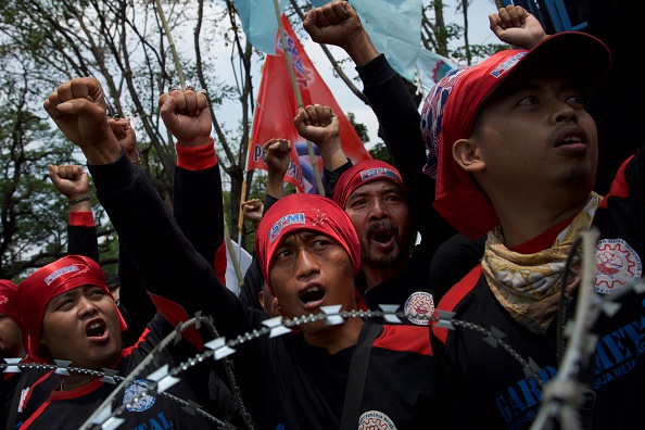Ed Wray「Indonesian Workers Protest Rising Costs And Unemployment」:写真・画像(8)[壁紙.com]