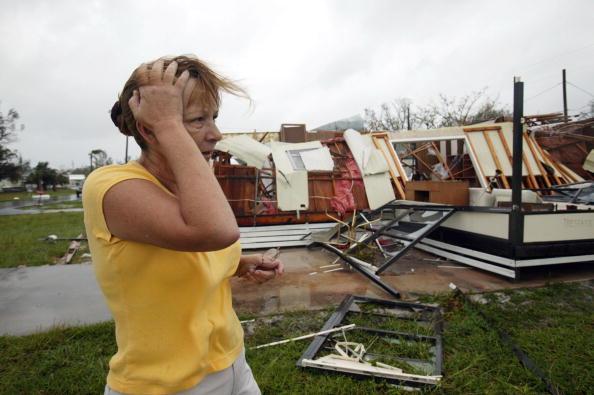 Human Arm「Hurricane Jeanne Strikes Florida Coast」:写真・画像(11)[壁紙.com]