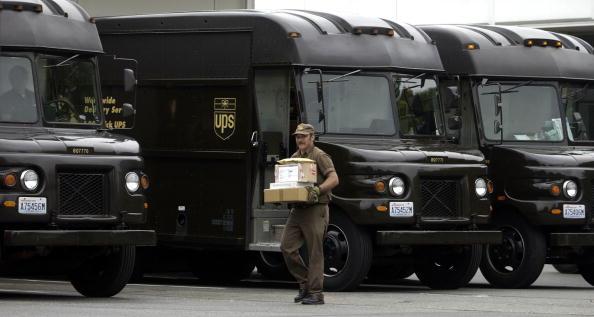 運転手「UPS Drivers And Union Leaders Protest Excessive Overtime」:写真・画像(18)[壁紙.com]