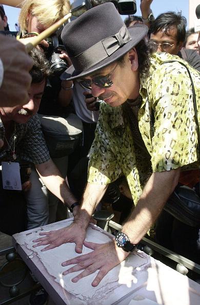 Guitarist「Carlos Santana Honored in His Hometown of Autlan, Mexico」:写真・画像(18)[壁紙.com]