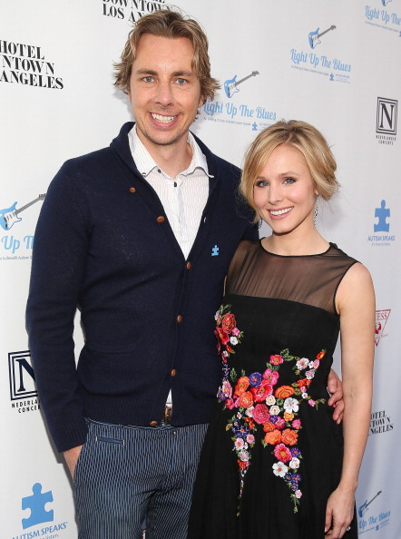 Kristen Bell「2nd Light Up The Blues Concert - An Evening Of Music To Benefit Autism Speaks - Red Carpet」:写真・画像(8)[壁紙.com]