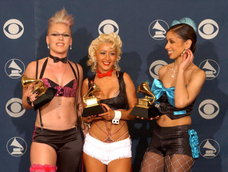 Christina Aguilera「44th Annual Grammy Awards」:写真・画像(13)[壁紙.com]