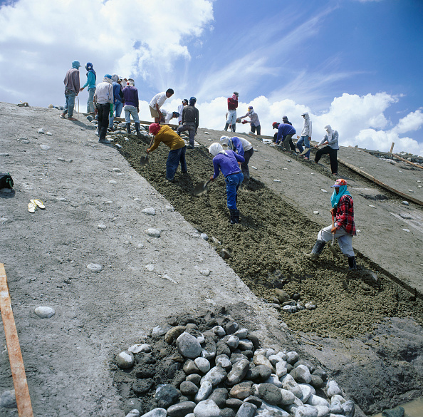 Mid Adult「Pebble enhanced concrete facing for embankments along a new emergency water drainage channel through volcanic ash thrown out by Mount Pinatuba in the Philippines」:写真・画像(7)[壁紙.com]