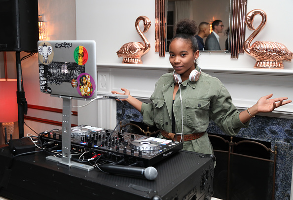 Jerritt Clark「MERRY JANE kicks off Loud & Clear campaign with DJ Snoopadelic (aka Snoop Dogg) at Los Angeles dinner event held at the private residence of Jonas Tahlin, CEO Absolut Elyx」:写真・画像(18)[壁紙.com]