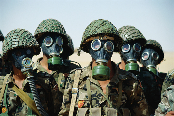 Dhahran「Syrian Specila Forces in gas masks. Dharan, Saudi Arabia 1990」:写真・画像(15)[壁紙.com]