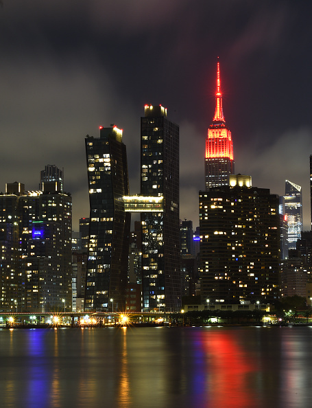 Empire State Building「U.S. Venues Light Up Red As Part Of The #RedAlertRESTART Campaign In Support Of The RESTART Act」:写真・画像(19)[壁紙.com]