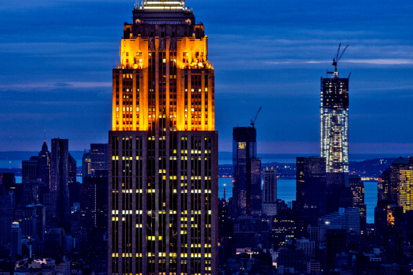 Empire State Building「New York And New Jersey Continue To Recover From Superstorm Sandy」:写真・画像(14)[壁紙.com]